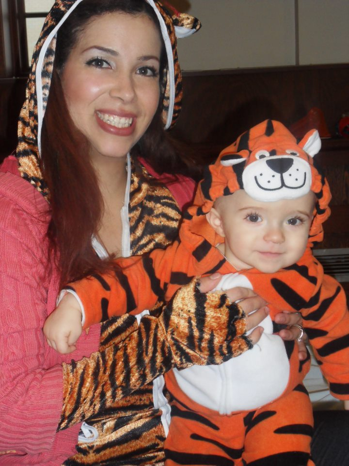 Owen and mommy mama mummy moi tiger