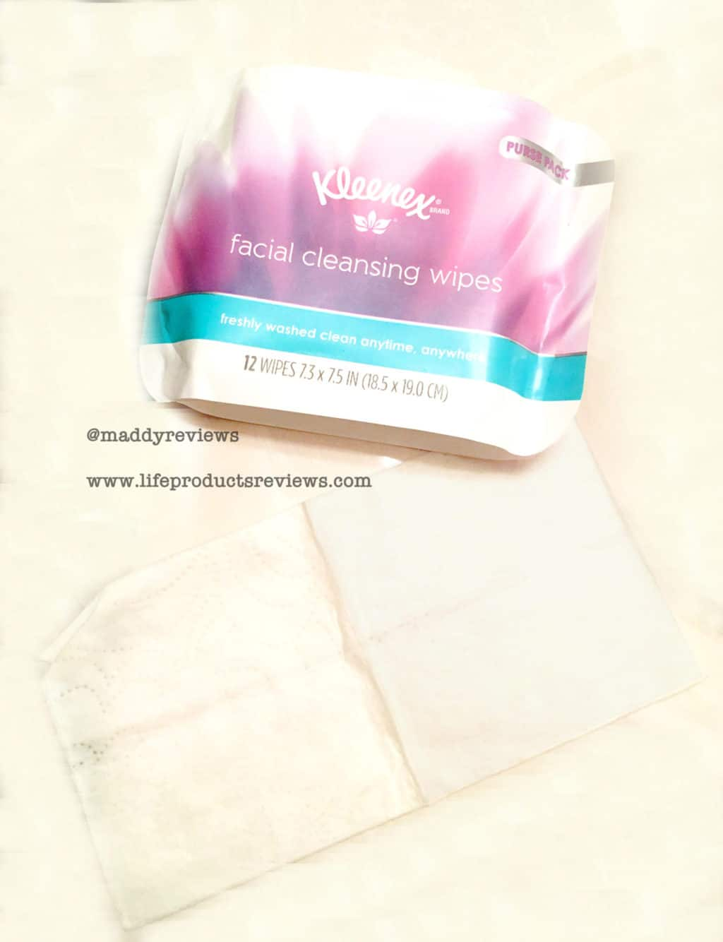 Kleenex facial wipes on the go demo