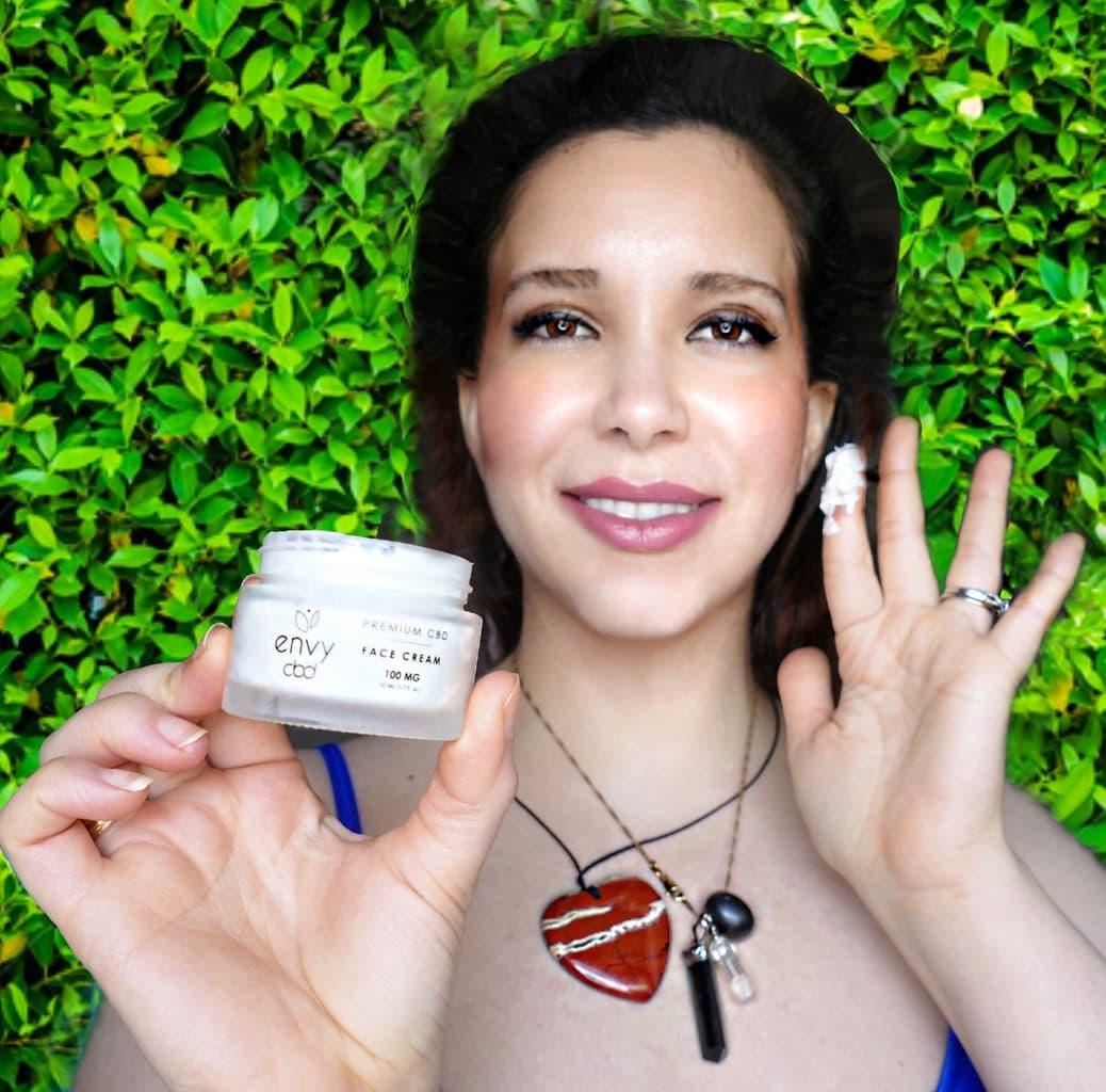 ENVY-CBD-face-cream-application-test